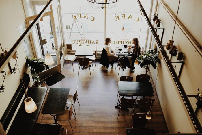 Cafe set fra oven